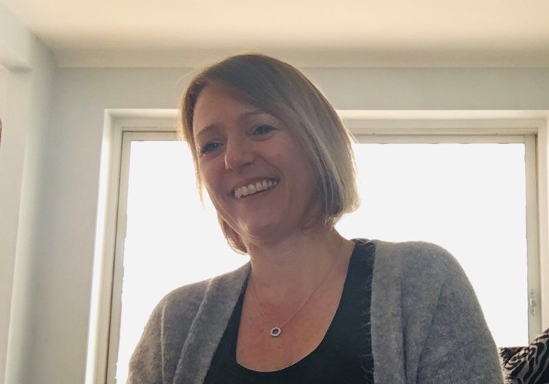 Jo Booth strengthens UK Crestron residential sales team